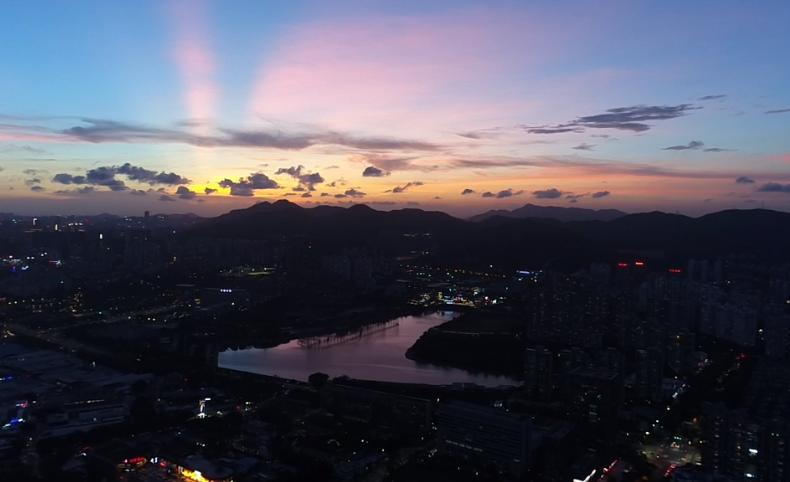 视频|落日余晖下  整个深圳都变得安静祥和
