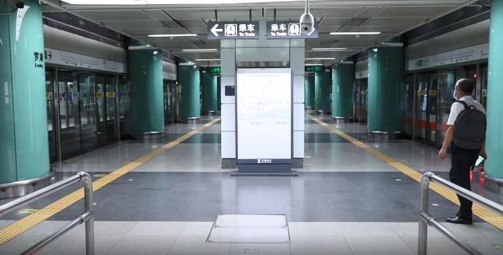 探秘深圳地铁末班车,讲述深圳奋斗者的故事