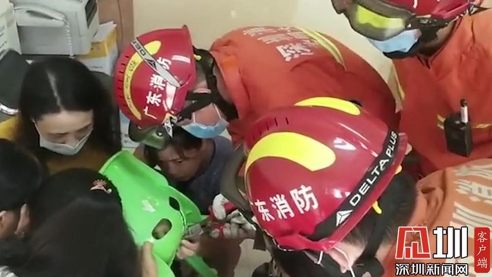 接连发生两起孩子被卡事故 深圳消防:开学季要加强安全教育