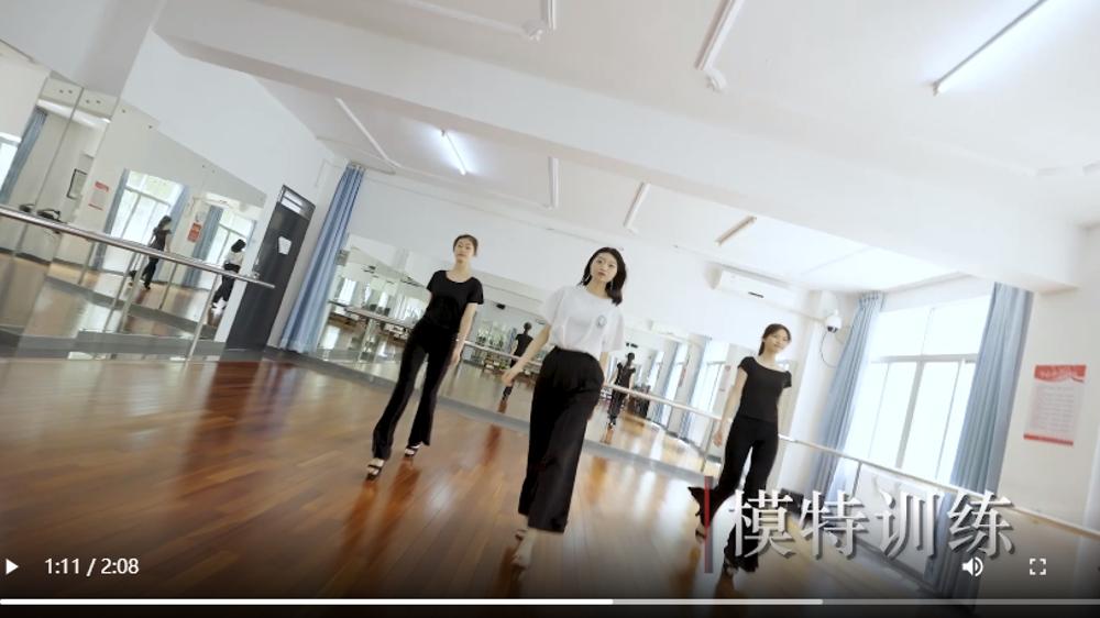 弹跳唱演练……快来解锁华强职校社会文化艺术专业